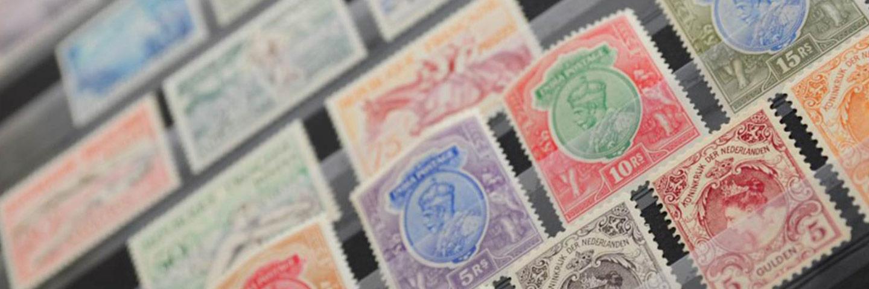 Wij verkopen en kopen postzegels